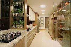 Resultado de imagem para cozinhas dividindo ambientes