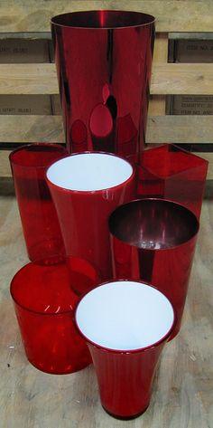 Ces vases de tailles variées sont parfaits pour vos créations florales de Saint Valentin