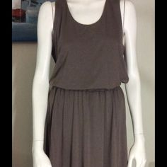 Hi-Low Kenar dress Hi-Low taupe Kenar large dress. Excellent condition. Kenar Dresses High Low