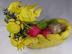 Squash carving with fish & turtle