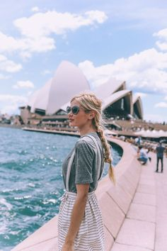 Similar photo to this but with Sydney Opera House earrings and bag??