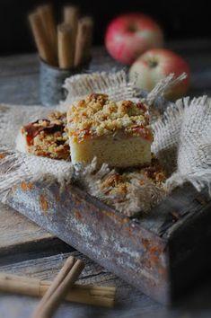 Kakkuviikarin vispailuja!: Omena-murupiirakka Dairy, Cheese, Food, Eten, Meals, Diet