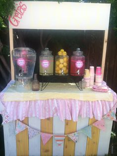 lemonade stand, country fair, birthday party, party decor, beverage table