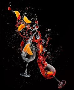 Photograph Piotr Gregorczyk Drinks In Motion Hibiscus Gin And Tonic on One Eyeland Cocktail Photography, Glass Photography, Creative Photography, High Speed Photography, Still Life Photography, Splash Fotografia, Technique Photo, Foto Still, Advertising Photography