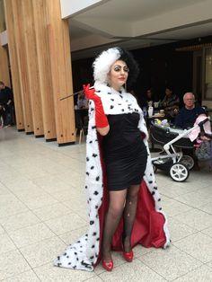 40 best cruella deville costume ideas images on pinterest costume cruella deville cosplay at lfcc 2016 cruella costumediy solutioingenieria Images