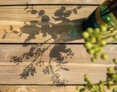 Met een teakhouten tuintafel breng je zoveel warmte en sfeer naar de tuin! Teakhout is makkelijk in onderhoud en ontzettend duurzaam