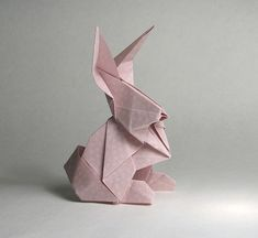 10 Awesome Origami Artwork By Roman Diaz rabbit-Origami-Roman-Diaz Origami Design, Diy Origami, Origami Simple, Origami Yoda, Origami And Kirigami, Origami Paper Art, Origami Tutorial, Diy Paper, Origami Folding