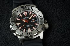 """Seiko SRP313K1 """"New Monster"""" Dive Watch Review 
