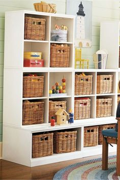 Toy organization and playroom organizing ideas #toyorganization #organizationideasforthehome #gettingorganized #playroomorganization #lifehacks #bedroomideas #momhacks #toystorage #organizing #diyhomedecor