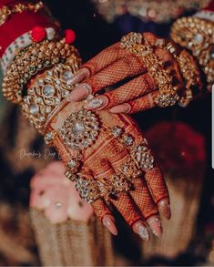The Crimson Bride - The go-to Indian wedding inspiration and planning platform for the modern Indian bride. Design your dream wedding with The Crimson .