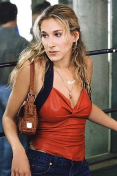 The Fendi Baguette to the Dior saddle bag and the Gucci bum bag to the Fendi fringe clutch, we take a look at Carrie Bradshaw's best handbags on Sex and the City.