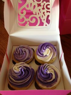 OMG Look at the purple swirl buttercream frosting!! More