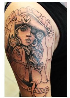 Tatouage pirate pin up old school