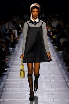 Spring Summer 2019 collection - Prada Подиумная Мода, Высокая Мода, Модная  Обувь, Женская 002259fa713