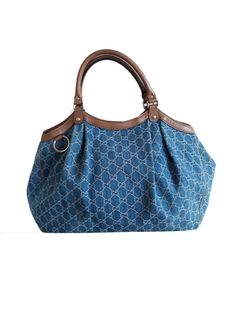 Currently at the  Catawiki auctions  Gucci - Sukey Denim Handbag cb51fd6d9a1