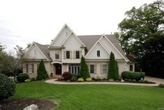 2559 Oak Springs Lane, Town and Country, MO.