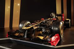 Lotus E20 launch – first pictures of Lotus's 2012 F1 car