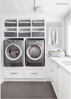 10 Small Laundry Room Ideas to Feel Spacious Inside - ARCHLUX.NET 10 small laundry room ideas to feel good in Modern Laundry Rooms, Laundry Room Layouts, Laundry Room Cabinets, Diy Cabinets, Laundry Room Pedestal, Laundry Shelves, Laundry Appliances, Laundry Baskets, Laundry Room Ideas Garage