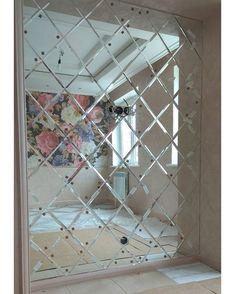 Зеркало. Да. Мы очень часто используем зеркало в интерьере и декоре интерьера: изголовье кровати стена филенки в дверь мебель ванная комната. Размер для нас не имеет значения. -Зеркало любого размера. -Монтаж на любом этаже. -Доставка в любую часть города. -Индивидуальный подход. -Любой каприз. >>>>>>>>>>>>>>>>>>>>>>>>>> ЭТО К НАМ Звоните:79200024442 Пишите :novydom.nn@yandex.ru #mirror #design #interio #decor #house #зеркало #дизайн #дом#ремонт #декор #интерьер #квартира#подключ… Divider, Mirror, Bedroom, Furniture, Home Decor, Decoration Home, Room Decor, Mirrors, Bedrooms