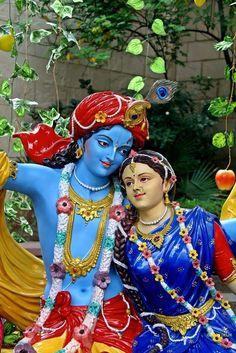krishna the best lover Radha Krishna Wallpaper, Radha Krishna Images, Radha Krishna Love, Krishna Photos, Hare Krishna, Radha Rani, Yashoda Krishna, Iskcon Krishna, Jai Shree Krishna