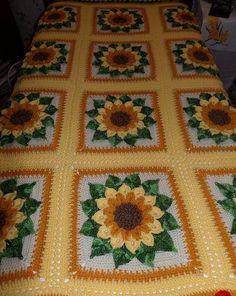 Transcendent Crochet a Solid Granny Square Ideas. Inconceivable Crochet a Solid Granny Square Ideas. Crochet Afghans, Crochet Motifs, Crochet Quilt, Afghan Crochet Patterns, Crochet Squares, Crochet Granny, Crochet Yarn, Free Crochet, Crochet Geek