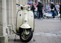 Vespa - I want one!
