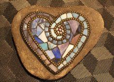 Mosaic Crafts, Mosaic Projects, Mosaic Art, Mosaic Glass, Art Projects, Mosaic Garden, Garden Art, Mosaic Rocks, Sculpture Projects