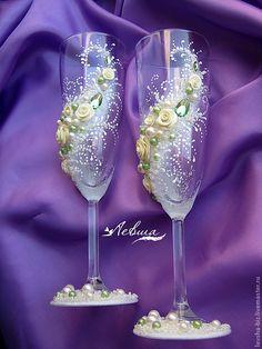 """Купить Свадебные бокалы """"Капля зеленого"""" - свадебные бокалы, свадебные аксессуары, зеленое яблоко, зеленый"""