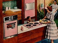 La cuisine d'hier des années 60 appuyait des touches de couleur comme le Formica rose sur le mélange de bois. Aujourd'hui le Formica s'allie...