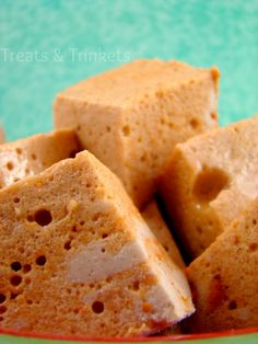 Treats & Trinkets: Pumpkin Spice Marshmallows, this would be perfect in a latte or homemade cocoa!!