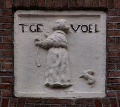 VVAG .. Gevelsteen T. GEVOEL, Utrechtsestraat 111 Amsterdam
