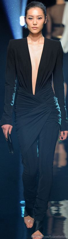 Alexandre Vauthier Haute Couture | F/W 2013 http://pinterest.com/shallmao/maos-evening-dress-world/