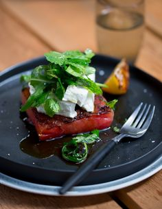 Chargrilled watermelon with feta and mint Watermelon Mint Feta Salad, Grilled Watermelon, Watermelon And Lemon, Mint Salad, Veg Recipes, Salad Recipes, Cooking Recipes, Healthy Recipes, Sbs Food