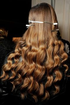 Spotted backstage: The perfect bronde with loose curls.