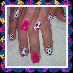 Puntos :-) Nails, Beauty, Dots, Finger Nails, Ongles, Beauty Illustration, Nail, Nail Manicure