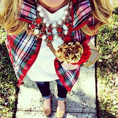 """""""I have been in the Christmas dressing mood all week and I get another week of it! Today I am wearing the Christmas Cluster necklace from #shopdandy along…"""""""