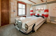 small bedroom designs as artistic decor ideas expecially for your Bedroom | Visit http://www.suomenlvis.fi/