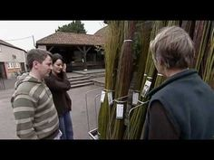 Wild Gardens - Willow Fence - YouTube Outdoor Play, Outdoor Spaces, Willow Fence, Living Willow, Country Crafts, Beautiful Gardens, Outdoor Gardens, Acre, African