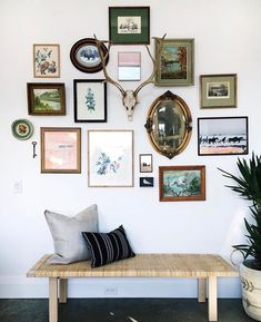 Sweet Spot Style Tip: Avoid cookie cutter and use what you have.  I love the organic mix of frames here curated by @themeadowhousepec. Do you have a gallery wall youre proud of? Tag me at #sweetspotstyle