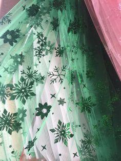 Большой ассортимент фатина со снежинками в нашем магазине Фатин Бар Curtains, Home Decor, Blinds, Interior Design, Draping, Home Interior Design, Window Scarf, Home Decoration, Decoration Home