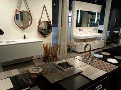Accesorios para el baño en el showroom de Aquaquae.  Septiembre 2014.