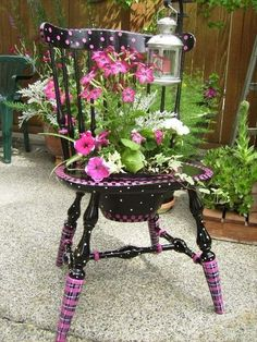 41 Beautiful Flower Pot Ideas To Make You Want Them Today is part of Chair planter - Beautiful flower pot ideas could be your first impression for your guests or friends Blow their mind with all these decoration ideas with flower pots Container Flowers, Flower Planters, Flower Pots, Potted Flowers, Flower Ideas, Chair Planter, Planter Garden, Hand Painted Furniture, Hand Painted Chairs