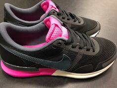 These awesome ladies Nike Pegasus have just landed.  You probably need these in your life. #schuh #trainers #nike