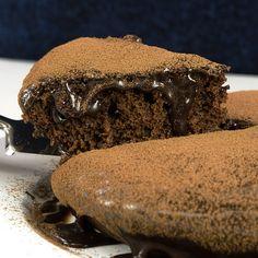The Best Vegan Chocolate Cake – Nora Cooks - New ideas Easy Cake Recipes, Sweet Recipes, Dessert Recipes, Desserts, Best Vegan Chocolate, Chocolate Cake, Giant Chocolate, Chocolate Souffle, Tasty