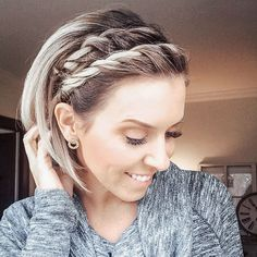 60 Amazing Braids for Short Hair - Hair & Beauty Cool Braids, Braids For Short Hair, Girl Short Hair, Short Hair Cuts, Amazing Braids, Styling Short Hair Bob, Short Hairstyles With Braids, Short Hair Braids Tutorial, Cute Short Hair Updos