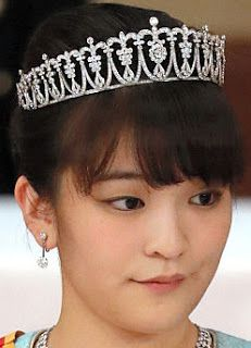 Tiara Mania: Princess Mako of Akishino's Diamond Tiara