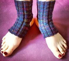 Yoga Socks for the Lounger | AllFreeKnitting.com
