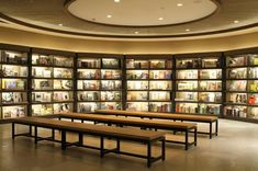 Eslite bookstore TAIWAN Bookstore Design, Home Libraries, Retail Shop, Reading Nook, Indoor, Bookstores, Architecture, Taiwan, Chen