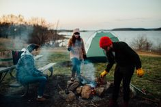 Kansas City Photography. Campfires and friends. Lakeside exploring. Camping | A Personal Post | Lawrence, KS Lifestyle Photographers » Gracenote Photography #camping #friends #vsco #adventure #explore #outdoors #midwest #lake