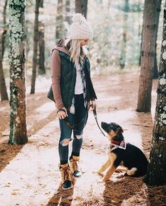 Weekends are best spent with a comfy pair of Cozy 1964s and a furry sidekick. | Photo: @lynzyandco